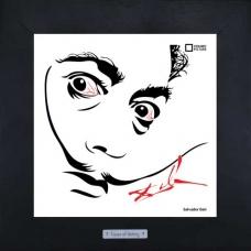 Портрет Salvador Dali выполнен на керамике